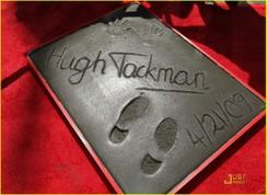 Hughjackmanhugehandprints01_3